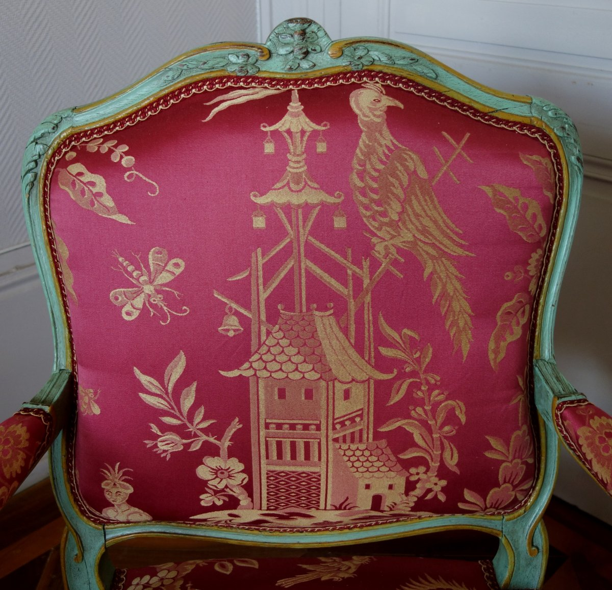 Sylvain Blanchard - Pair Of Louis XV Armchairs To The Queen, Silk With Chinoiseries - Stamped