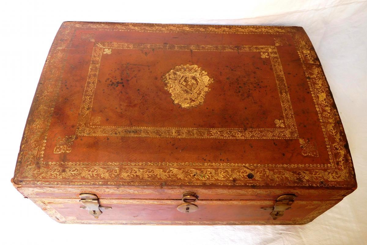 Provenance Royale - Coffret De Voyage En Cuir Aux Armes De Mesdames Filles De Louis XV