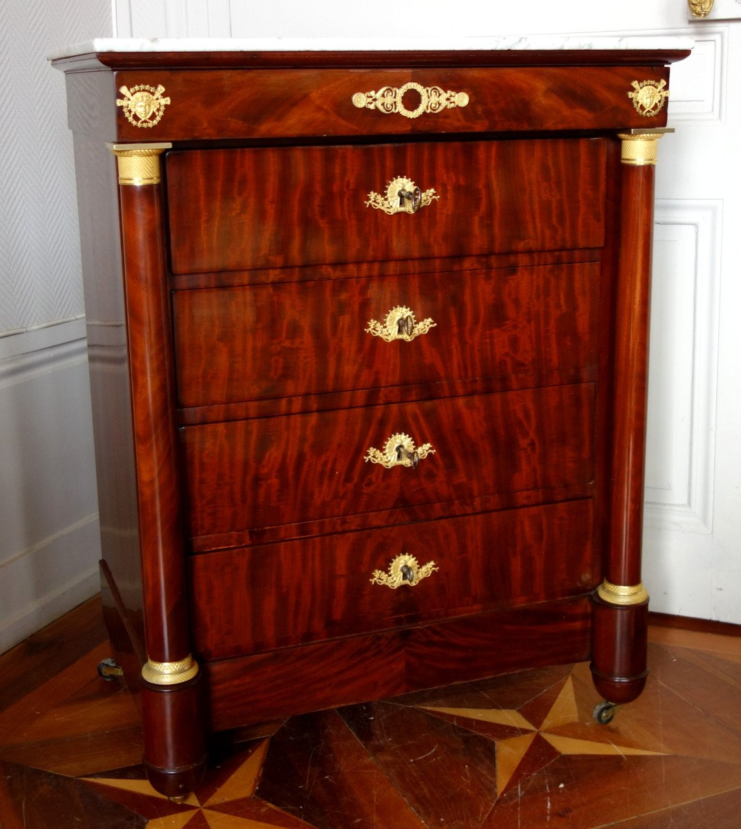 Commode De Toilette Empire En Acajou Et Bronze Doré Au Mercure