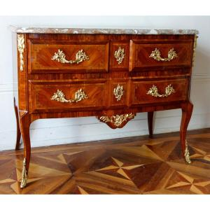 French Chest Of Drawers - Commode,  Rosewood Wood Marquetry - 18th Century
