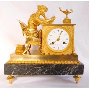 Pendule La Liseuse, d'Après Reiche Par Claude Galle & Champion, Bronze Doré, époque Empire