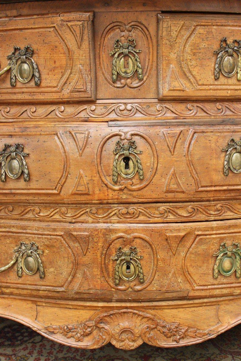 Commode XVIIIè galbée en hêtre naturel sculpté-photo-5