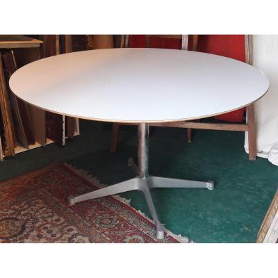 Herman Miller 1960s Table