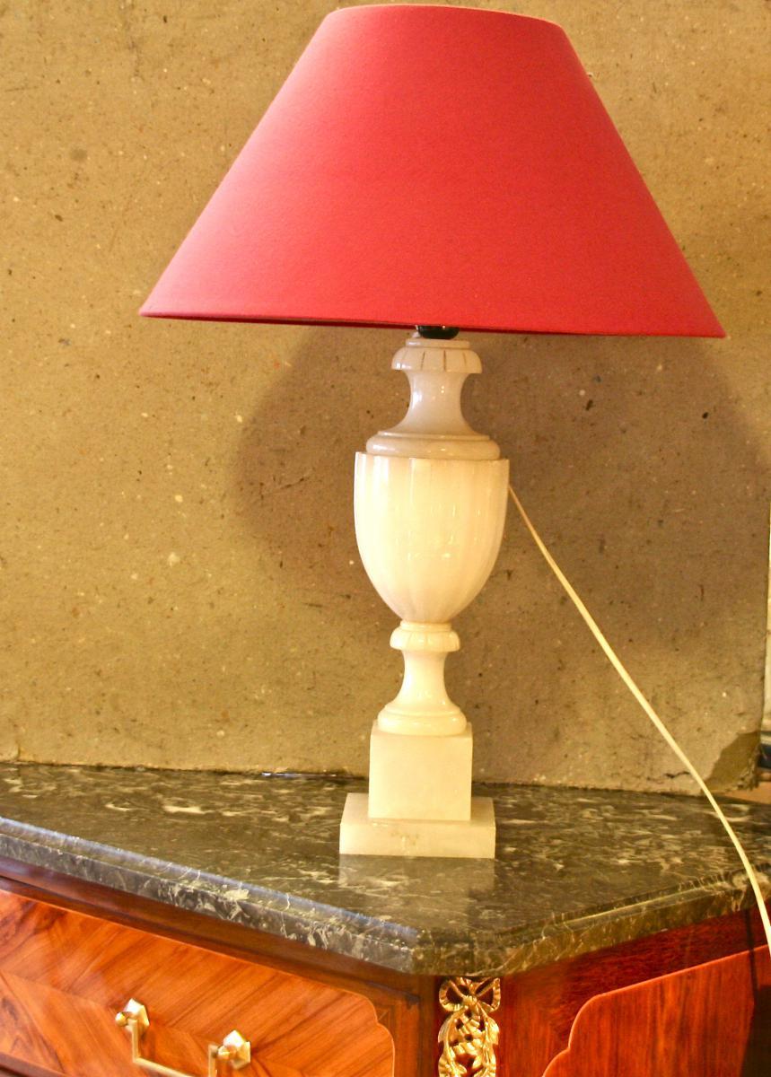 lampe xix me en alb tre lampes. Black Bedroom Furniture Sets. Home Design Ideas
