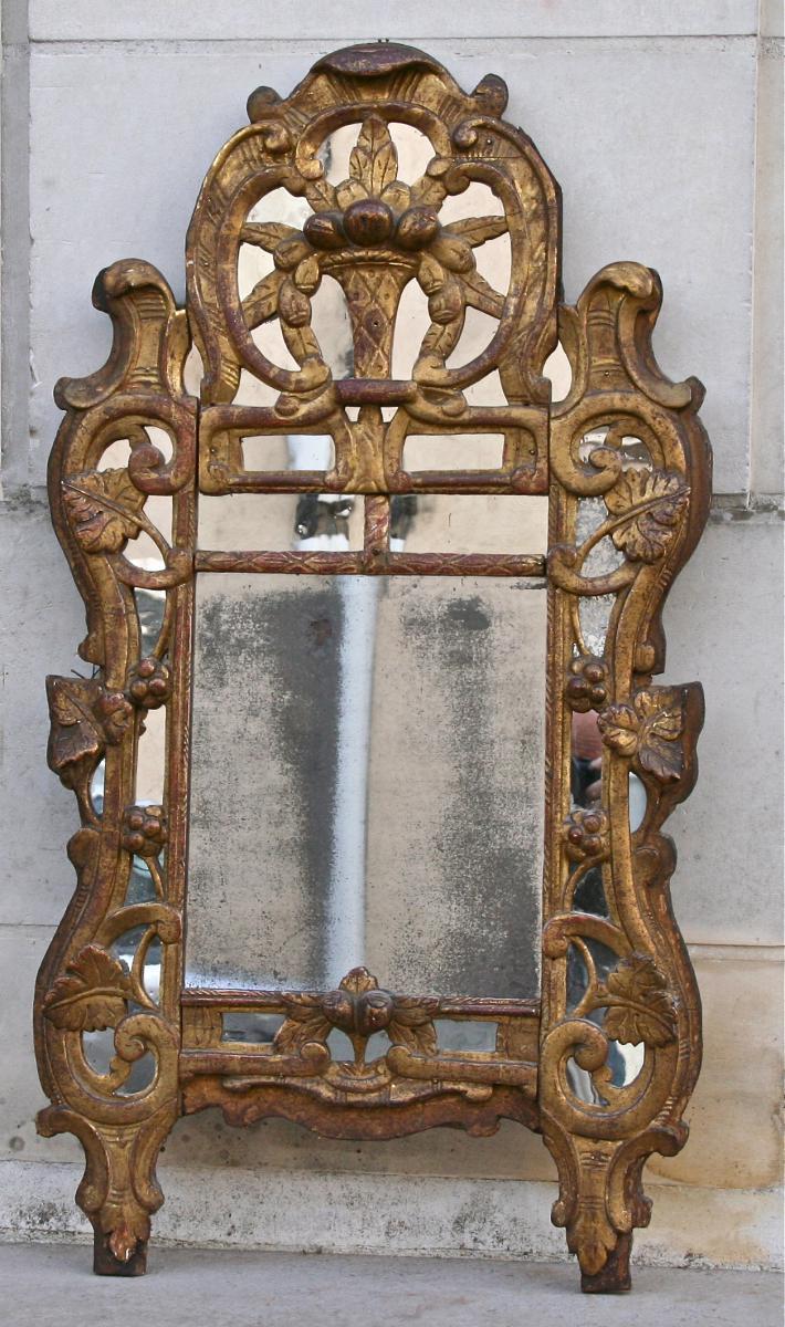 miroir proven al xviii me parclose en bois dor miroirs. Black Bedroom Furniture Sets. Home Design Ideas