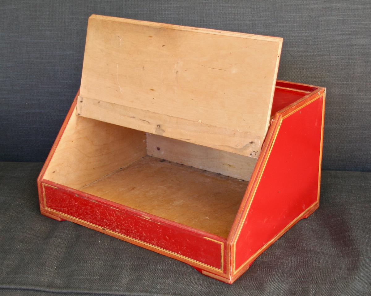 huche pain en bois laqu et marqueterie de paille art populaire. Black Bedroom Furniture Sets. Home Design Ideas