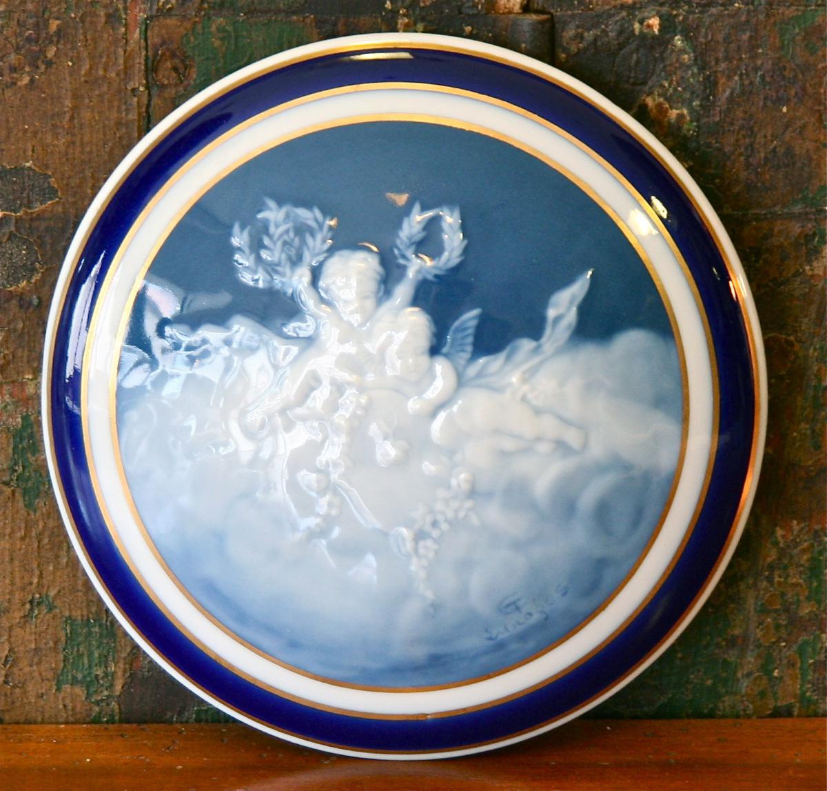 Boîte Bonbonnière Ronde En Porcelaine De Camille Tharaud