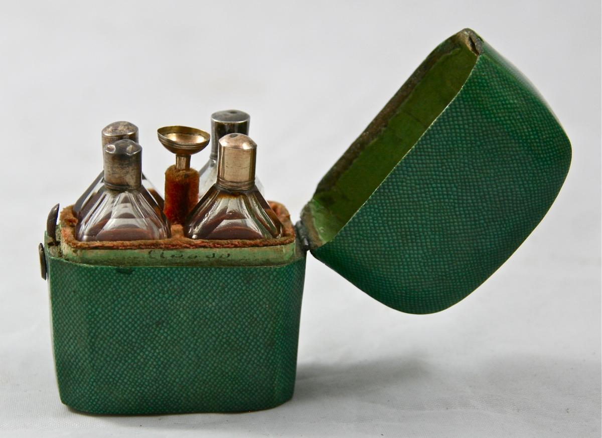étuis Nécessaire à Parfum De Voyage En Galuchat-photo-2