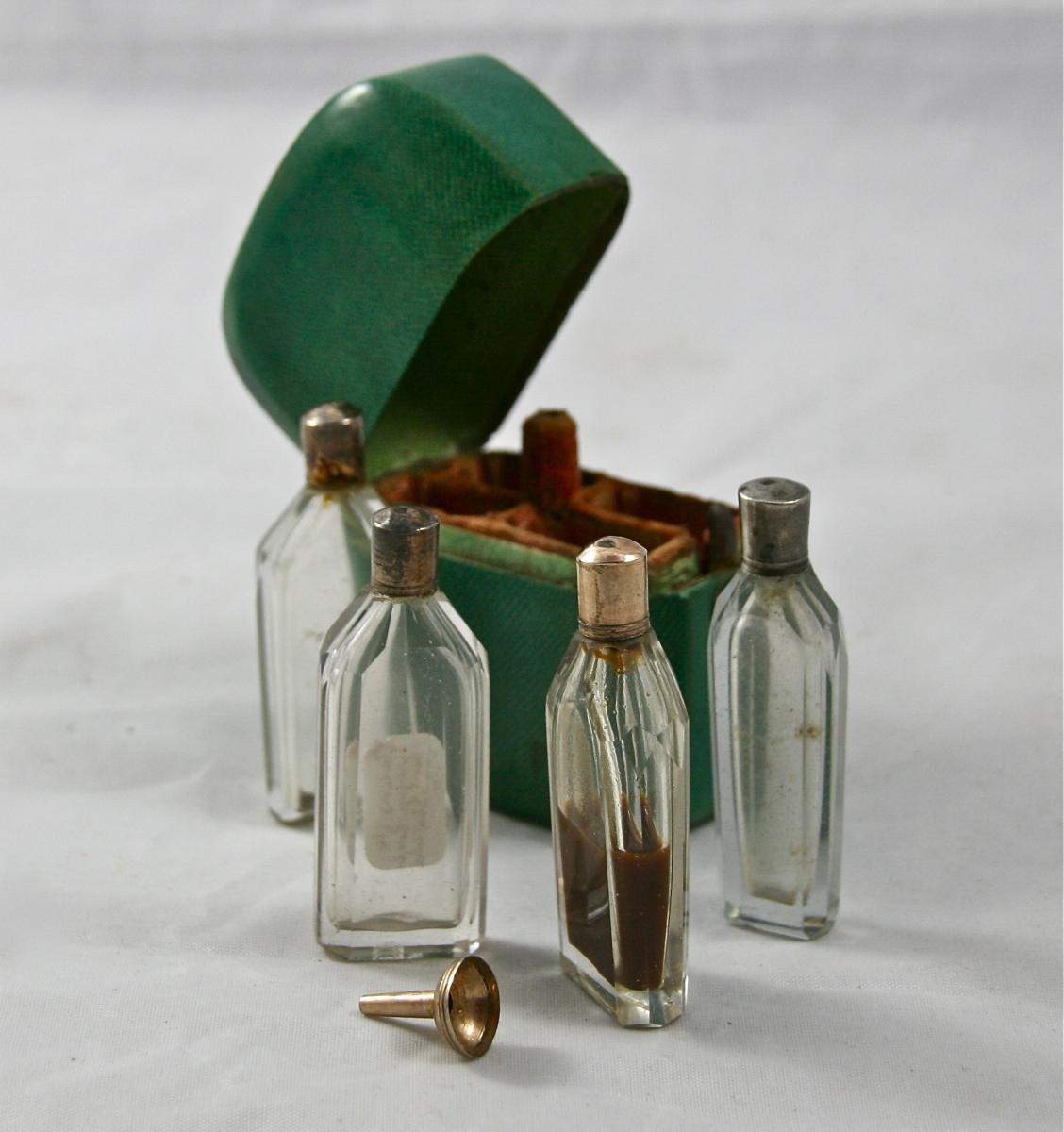 étuis Nécessaire à Parfum De Voyage En Galuchat-photo-3