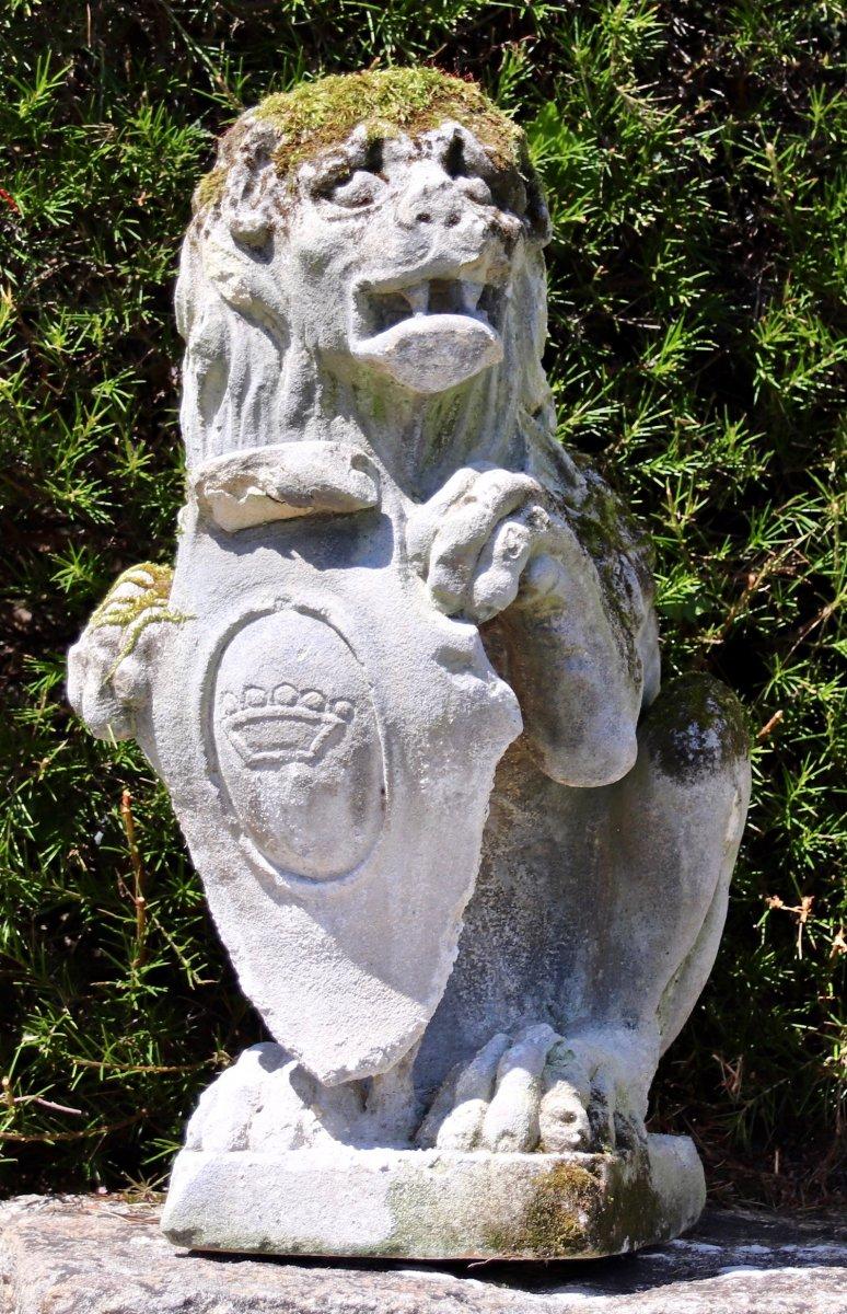 Lion En Pierre Avec écu XIXème
