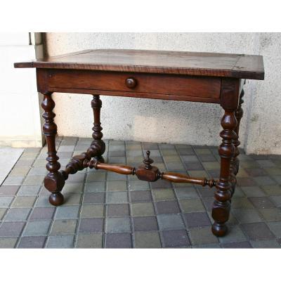 Table à écrire d'époque Louis XIII En Noyer
