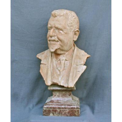 Sculpture d'Un Buste En Terre Cuite De Henri-louis Richon