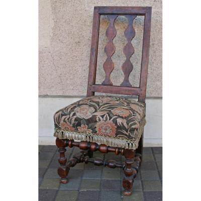 Chaise Espagnole XVIIIème En Noyer
