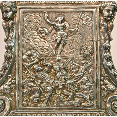 Baiser de paix XVIIIème en métal argenté