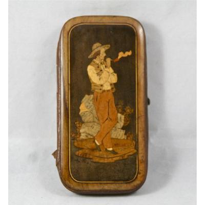 Étui à cigarettes XIXème en marqueterie de bois