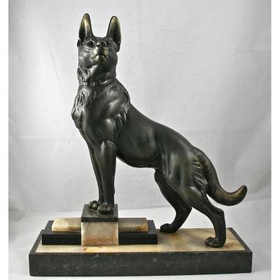 Dog Regulates Art Deco