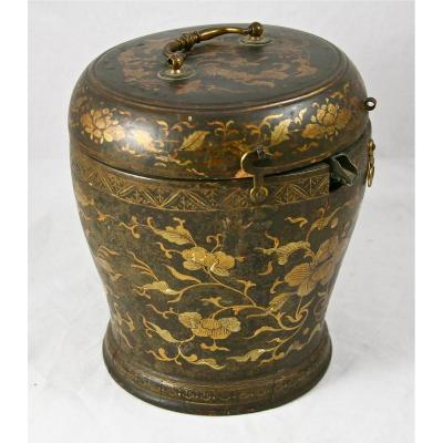 18th Teapot In His Japanese Lacquer Box