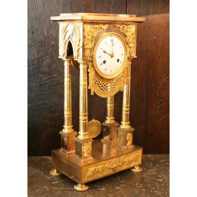 Pendule Portique XIXème En Bronze Doré