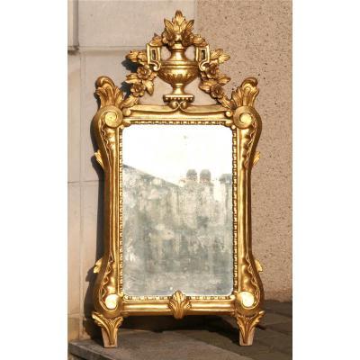 Miroir En Bois Doré De Style Louis XVI