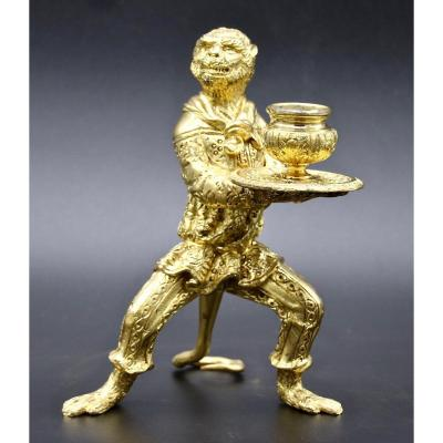 Bougeoir XIXème Représentant Un Singe En Bronze Ciselé