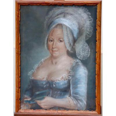 Pastel d'époque XVIIIème Femme à La Coiffe Et Au Livre