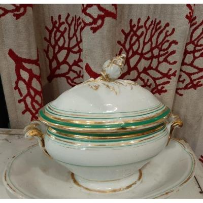 Beautiful White, Gold And Green Gravy Boat In Old Paris Porcelain