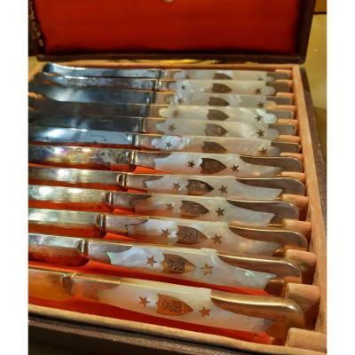 Suite De 12 Couteaux Epoque Empire