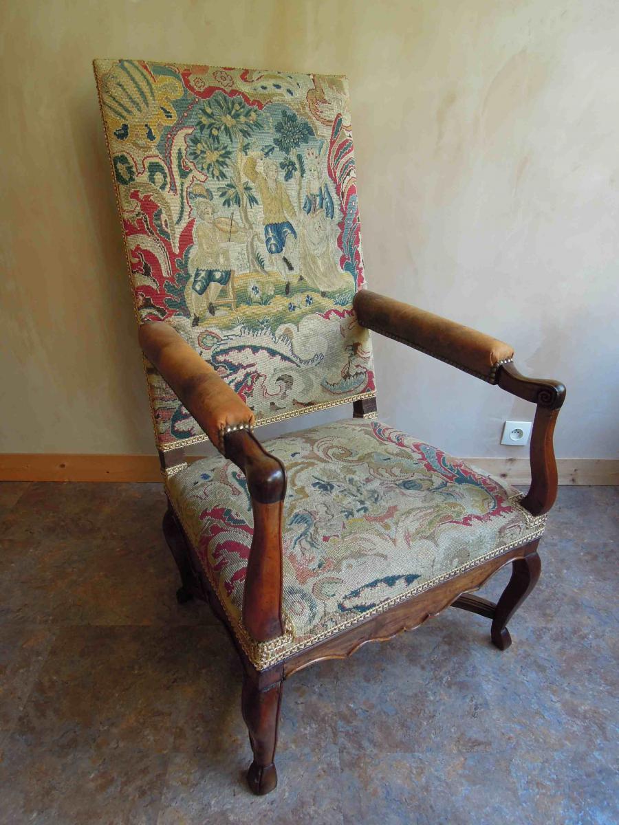 Paire de fauteuils en noyer d'époque Régence-photo-3