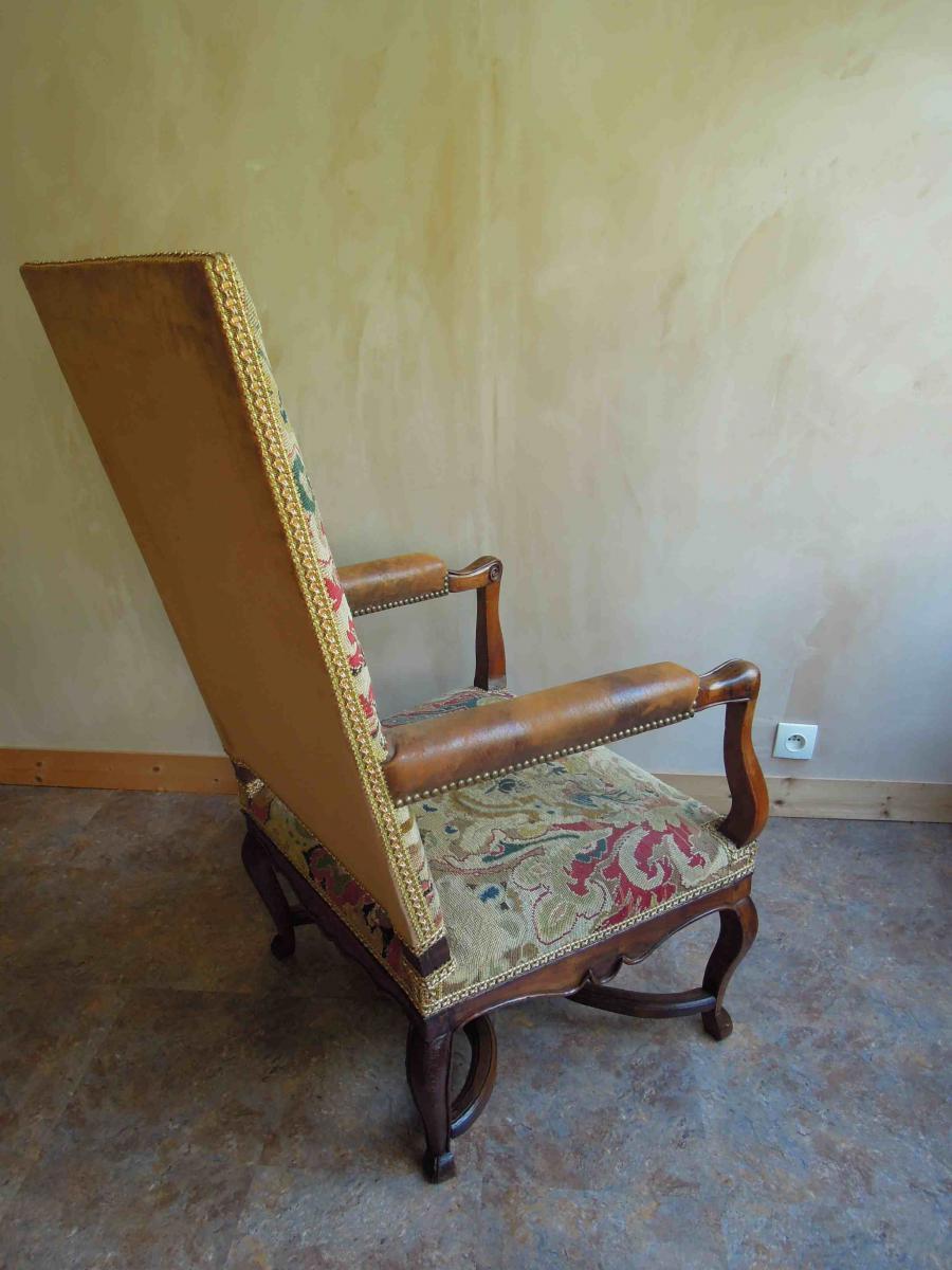 Paire de fauteuils en noyer d'époque Régence-photo-1