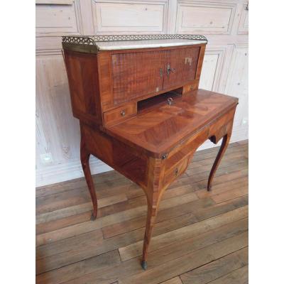 Bureau bonheur du jour en bois de rose d'époque Louis XV