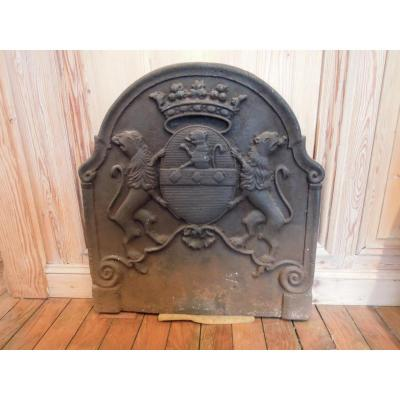 Emblazoned Cast Iron Fireplace Plate, Eighteenth Century
