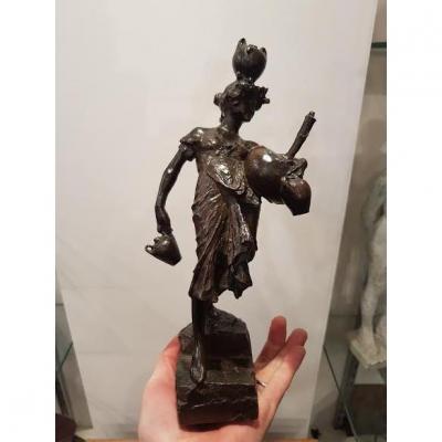 femme orientaliste en Bronze, signé MOTTI