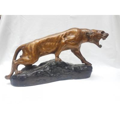 Roasting Lioness - Platte Patiné Signed T. Cartier