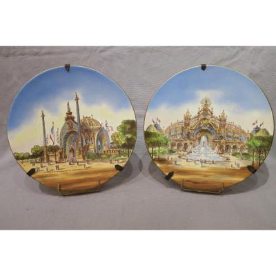 Paire De Plats En Porcelaine Décor De l'Exposition Universelle