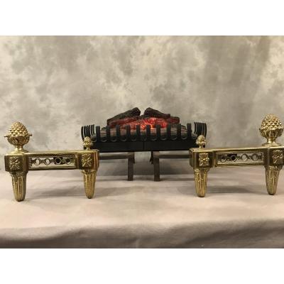 Paire De Chenets Louis XVI à Pommes De Pins En Bronze Fin 18 ème