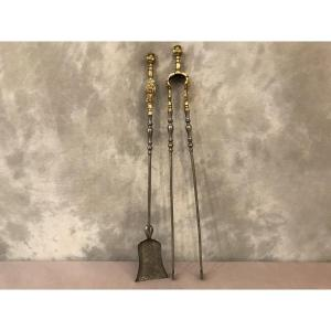 Ensemble D'une Pelle Et D'une Pince En Fer Et Bronze Poli D'époque 19ème
