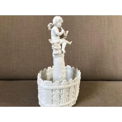 Vide Poches Petit Ange En Porcelaine De Biscuit D'époque 19ème