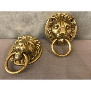 Décor De Têtes De Lions En Bronze Poli Et Vernis d'époque 20 ème.