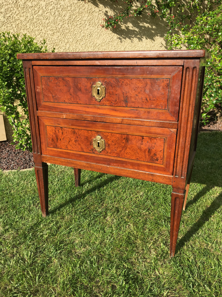XVIIIe - Commode Italienne en Noyer