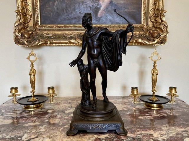 Attribué à BARBEDIENNE - Paire de Bougeoirs en Bronze Doré -photo-2
