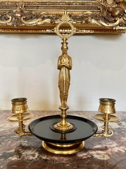 Attribué à BARBEDIENNE - Paire de Bougeoirs en Bronze Doré -photo-3