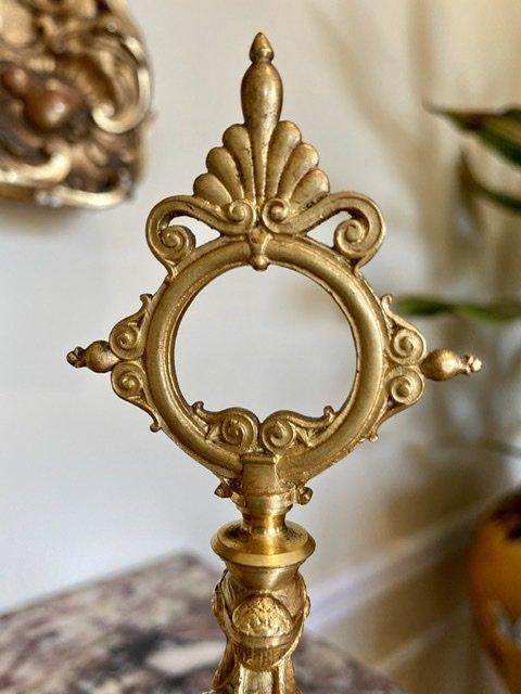 Attribué à BARBEDIENNE - Paire de Bougeoirs en Bronze Doré -photo-1