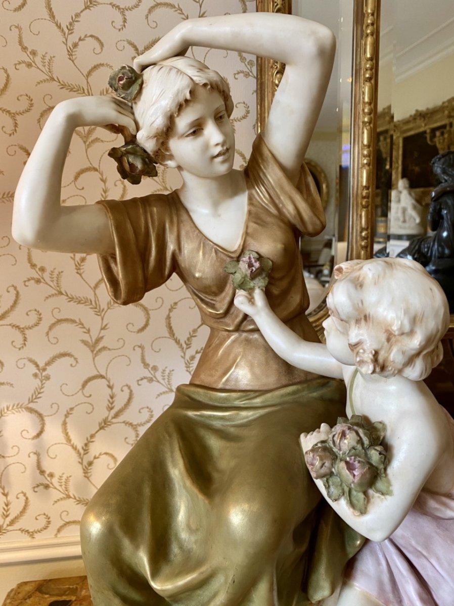 Royal Dux Bohemia - Porcelain Group-photo-2