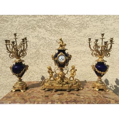 Garniture de Cheminée en Bronze Doré & Porcelaine