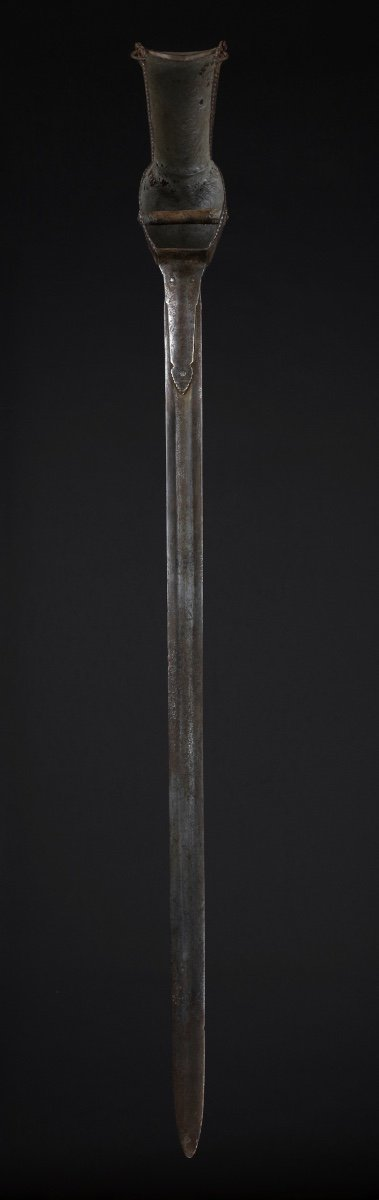 Epée-gantelet-photo-1