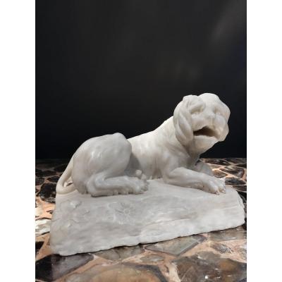 Sculpture D'un Lion En Marbre Blanc De Carrare, Italie, 18ième.