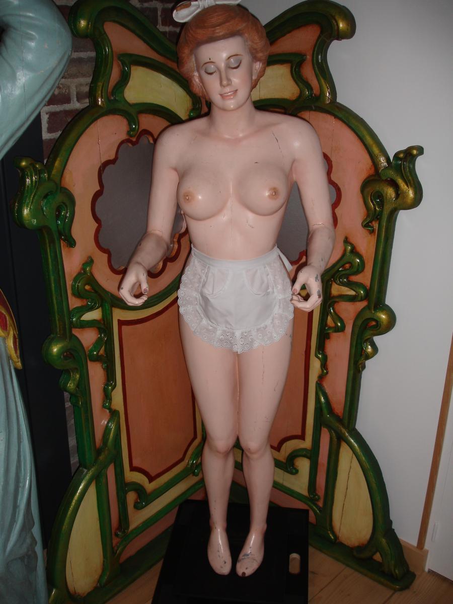 Anatomic Sculpture For Enttresort
