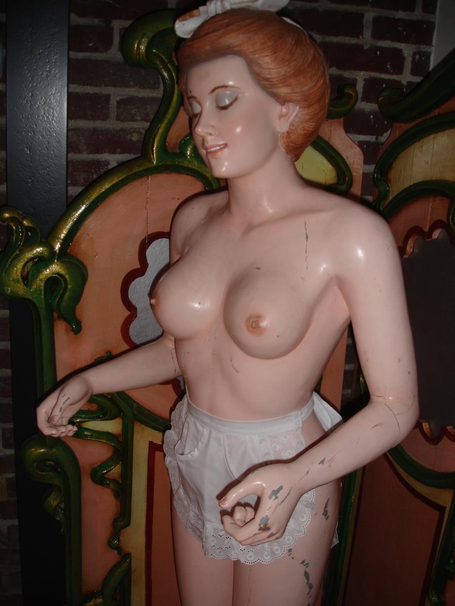 Anatomic Sculpture For Enttresort-photo-3