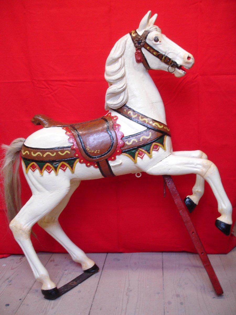 Muller's Man Horse No H 3