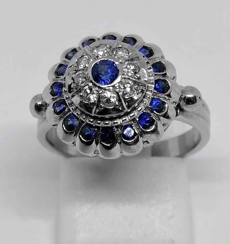 Bague Or Gris Diamants Et Saphirs